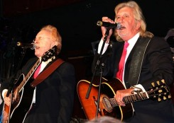 peter-and-gordon-performing-in-2005 (1)